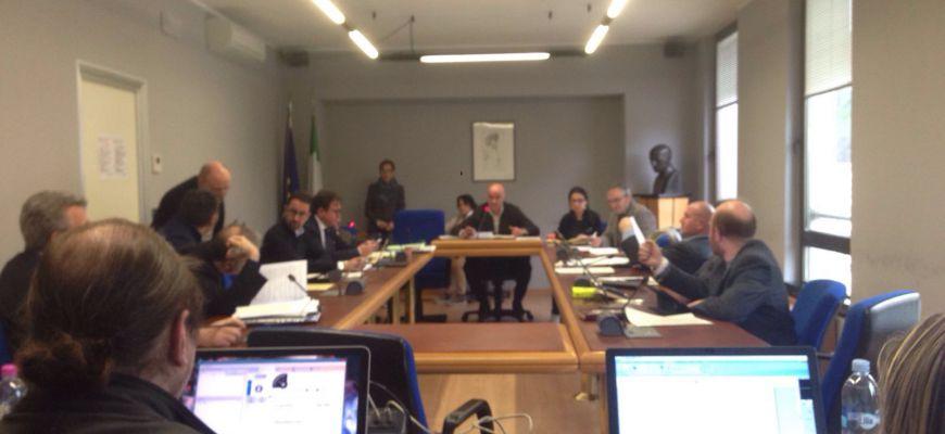 Olio tunisino, lo stop arriva in Commissione