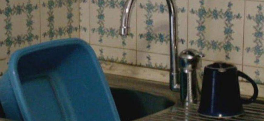 Acqua: in Abruzzo, 323 euro, primato negativo a L'Aquila