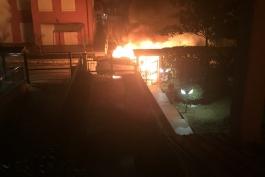 Incendio di quattro auto: non un piromane per gli inquirenti...