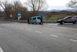 Cittadino algerino denunciato dai carabinieri per furto di autovettura