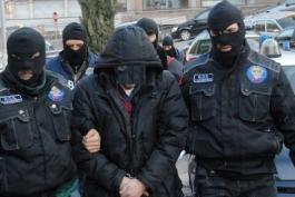 Raid razzisti e aggressioni, 13 indagati, ci sono anche degli abruzzesi