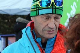 5 mila presenze al secondo Festival della Montagna: Silvio Gnaro Mondinelli scherza sulla neve
