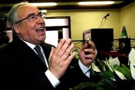 Del Turco, difesa travestita da accusa